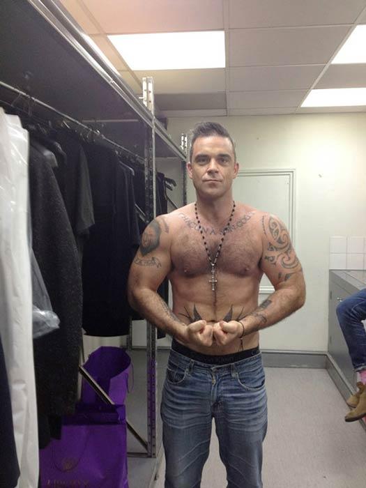 Robbie Williams shirtless body