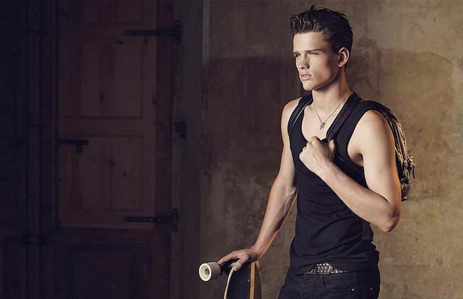 Simon Nessman's body
