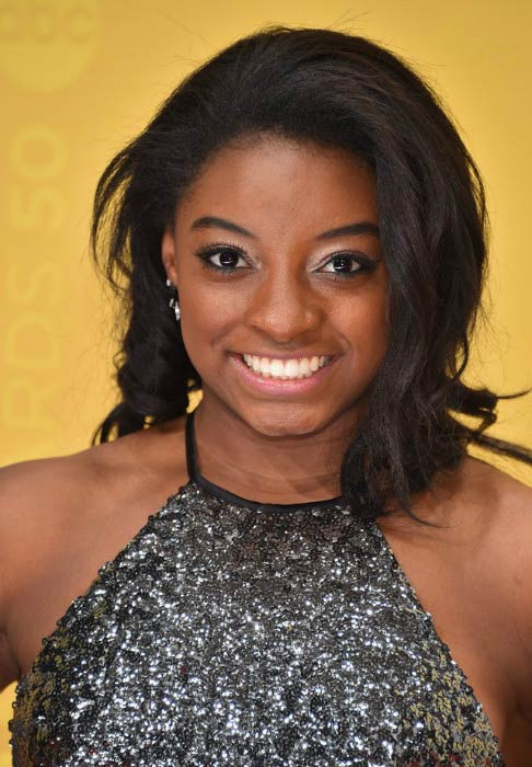 Simone Biles at the 2016 CMA Awards