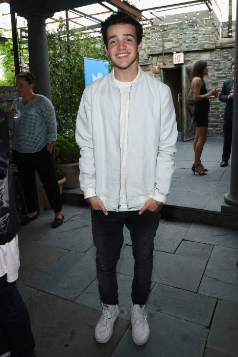 Aaron Carpenter at the NYFW: The Shows #fashionflock event in September 2015