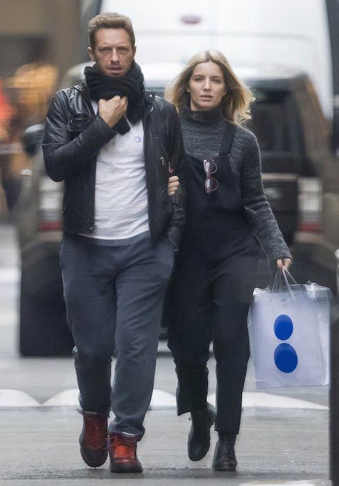 Annabelle Wallis with Chris Martin during Paris vacation in October 2015