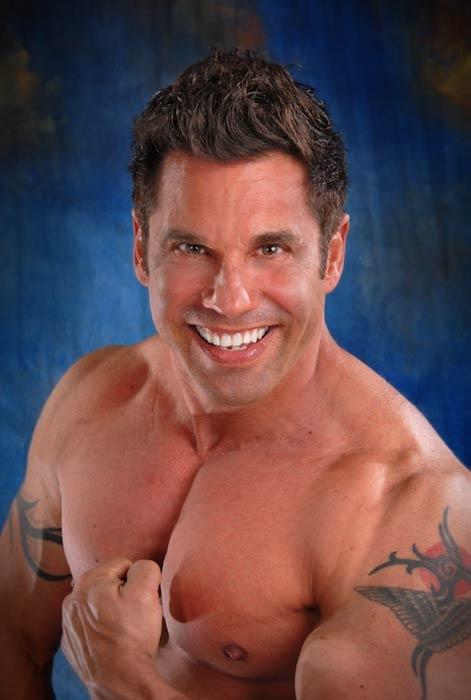 Bobby Strom, Scarlett's personal trainer