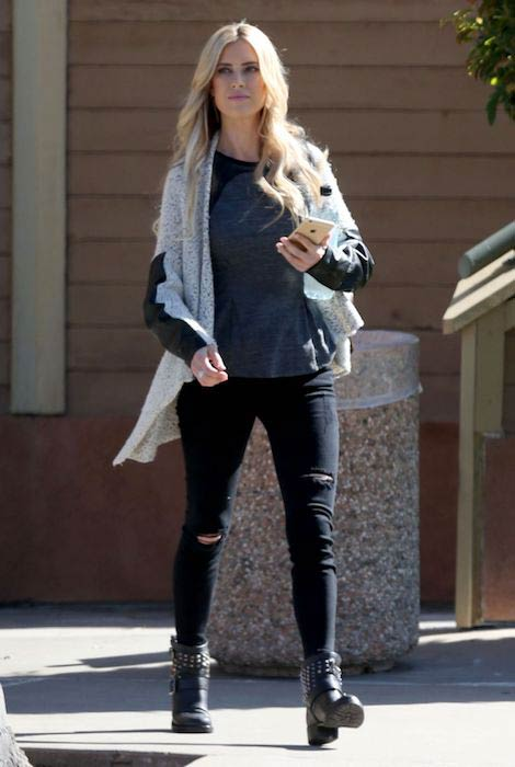 Christina El Moussa out and about in Los Angeles in March 2017Christina El Moussa out and about in Los Angeles in March 2017