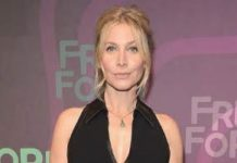 Elizabeth Mitchell - Featured Image