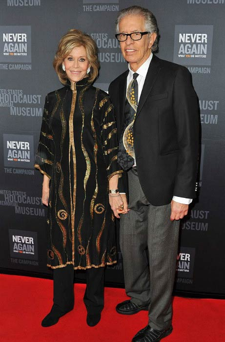 Jane Fonda and Richard Perry at the United States Holocaust Memorial Museum presents Los Angeles Dinner: What You Do Matters in March 2016