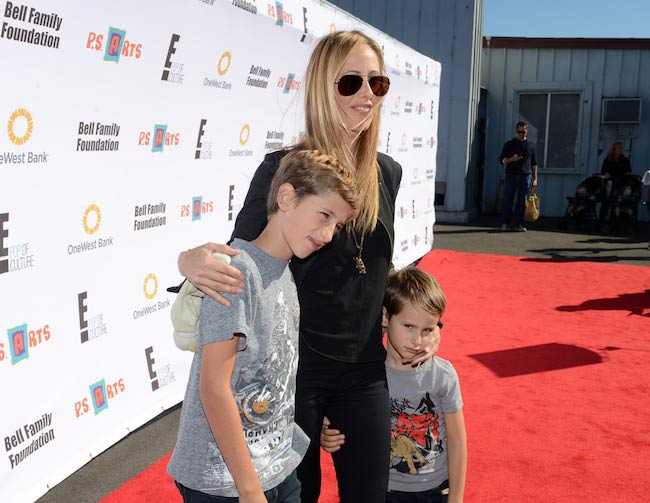 Kim Raver with sons Luke and Leo on the red carpet supporting P.S. ARTS in 2012