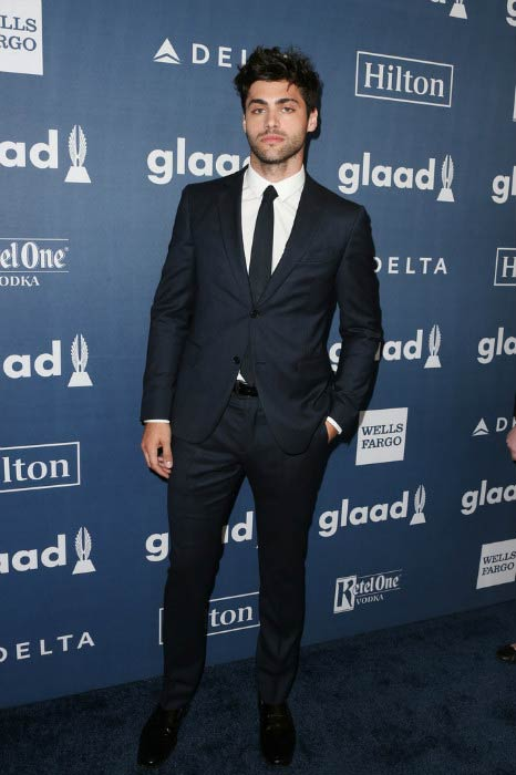 Matthew Daddario at the 27th Annual GLAAD Media Awards in April 2016