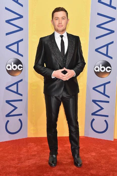 Scotty McCreery at the 2016 CMA Awards