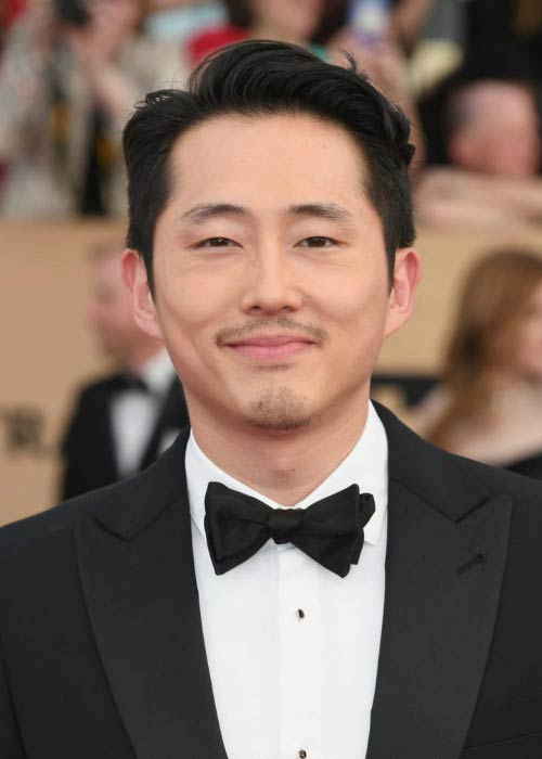 Steven Yeun at the 2017 Screen Actors Guild Awards