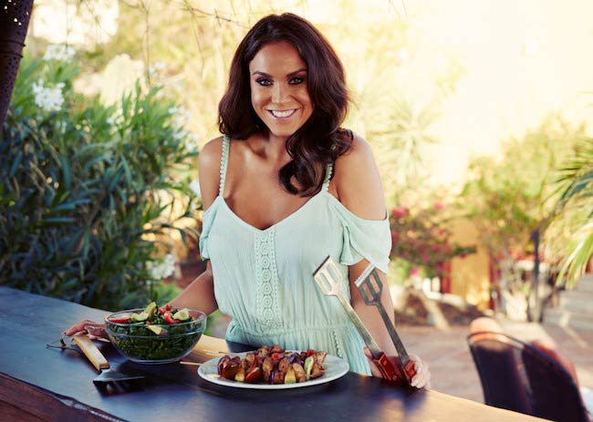 Vicky Pattison preparing food