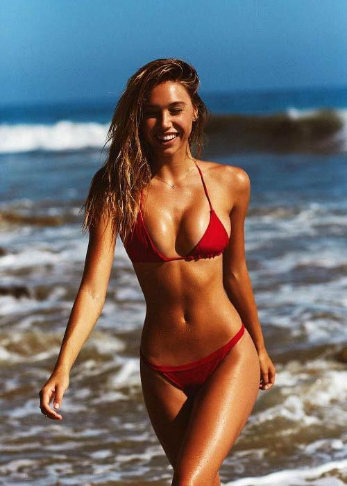 Alexis Ren in bikini for a modeling photoshoot in 2016