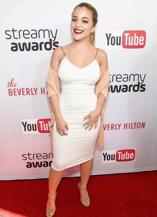 Baby Ariel at the 6th annual Streamy Awards in October 2016