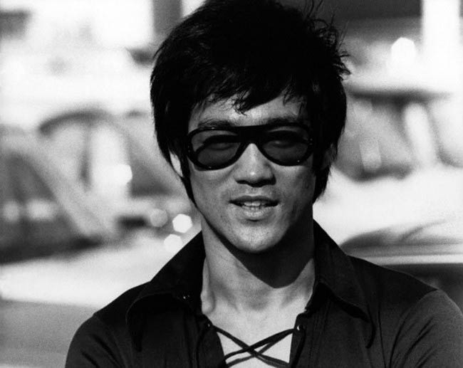 Bruce Lee poses for a modeling photoshoot