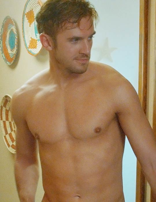 Dan Stevens shirtless body