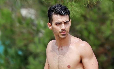 Joe Jonas Workout Routine and Diet Plan