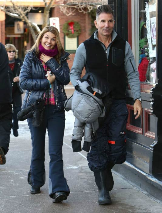 Lori Loughlin and Mossimo Giannulli out in Aspen in December 2013