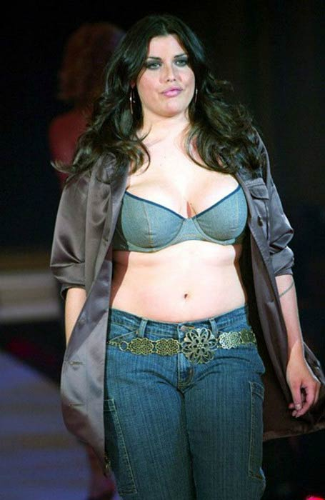 Mia Tyler walks the ramp at a Fashion Show in 2013