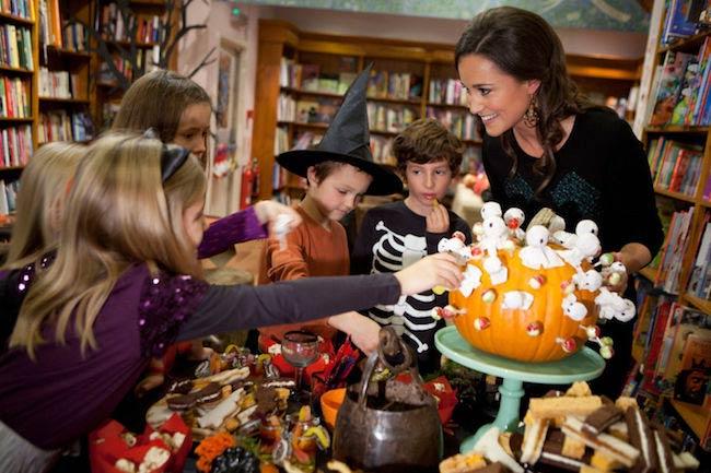 Pippa Middleton celebrating Halloween with children