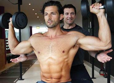 The Bachelor: Australia Star Tim Robards Workout and Diet