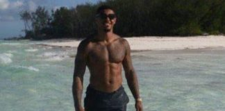 Andre Gray shirtless body - Featured Image