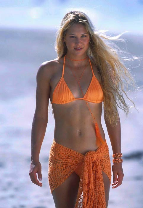 Anna Kournikova in a modeling photoshoot