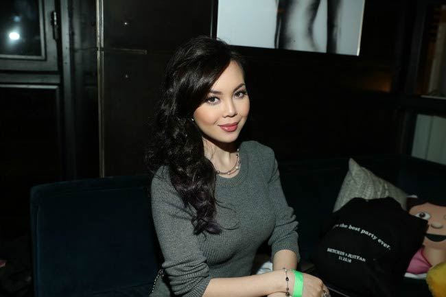 Anna Maria Perez de Tagle at the BETCHES x JUSTFAB Event in November 2016