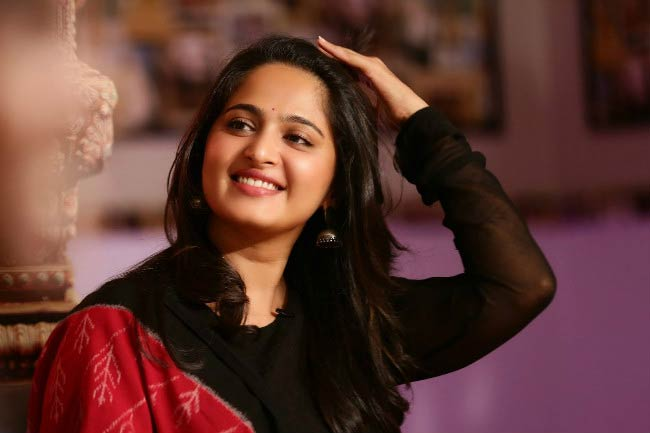 Anushka Shetty at the promotional event for Rudramadevi in 2015