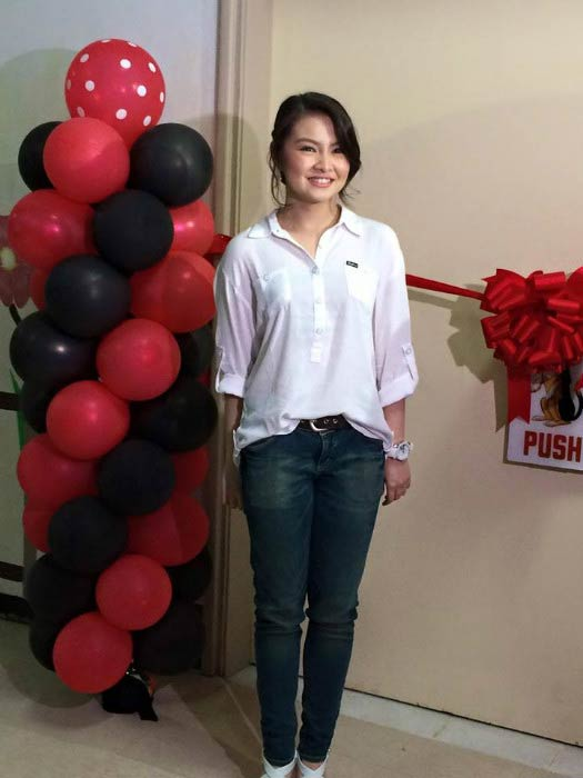 Barbie Forteza at the Philippine Children's Medical Center in July 2015
