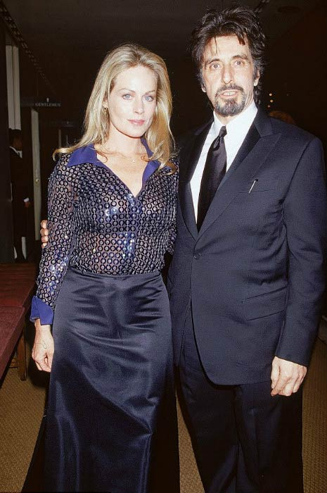 Beverly D'Angelo and Al Pacino at a public function