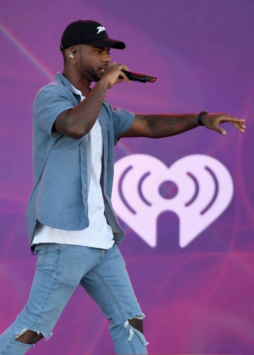 Bryson Tiller performing at the 2016 Daytime Village at the iHeartRadio Music Festival