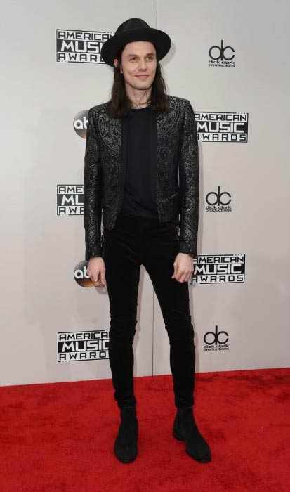 James Bay at the American Music Awards in November 2016 in Los Angeles