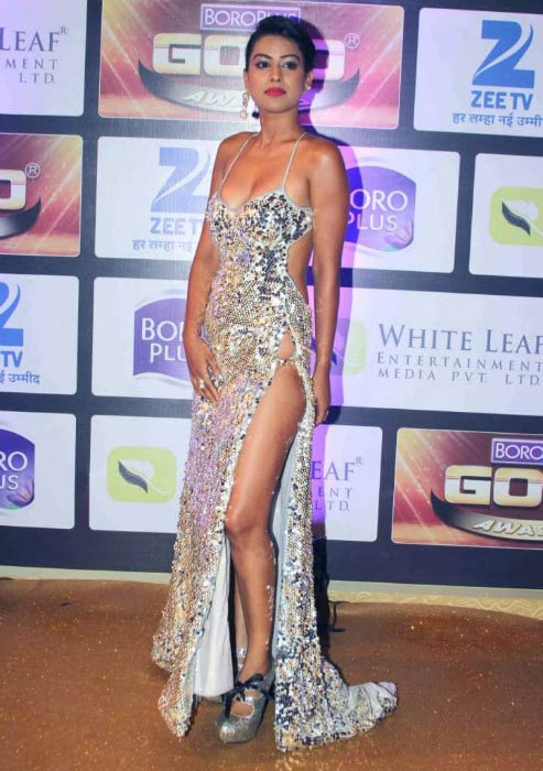 Nia Sharma at the 9th Zee TV Boro Plus Gold Awards in May 2016