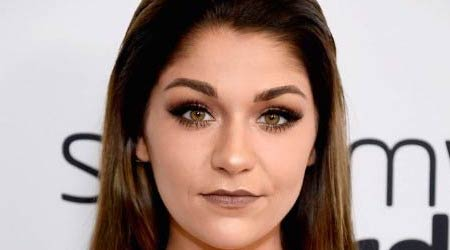Andrea Russett Height, Weight, Age, Body Statistics