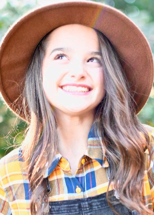 Annie leblanc height weight body statistics boyfriend - Annie leblanc ...