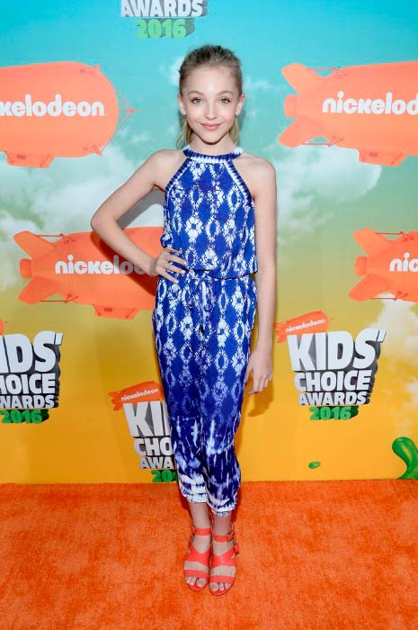 Brynn Rumfallo at the Nickelodeon's Kids' Choice Awards in March 2016