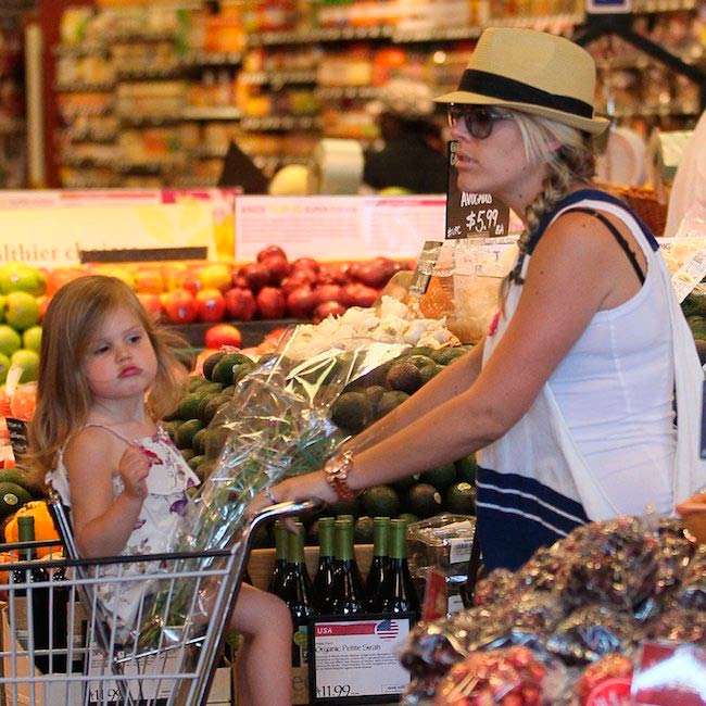 Busy Philipps with daughter Birdie at Whole Foods