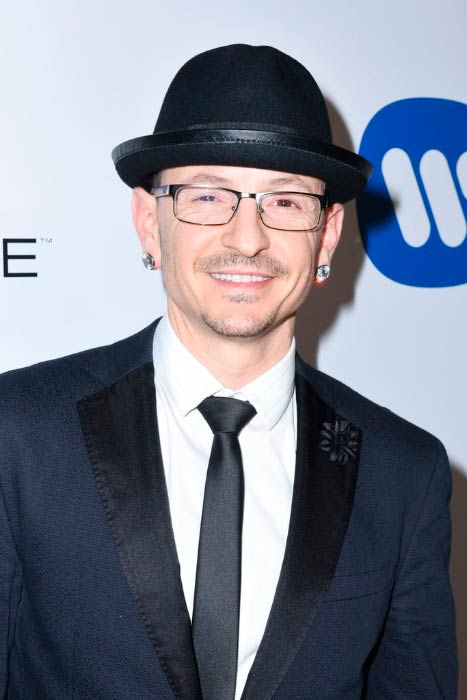 Chester Bennington at the Warner Music Group GRAMMY Party in February 2017