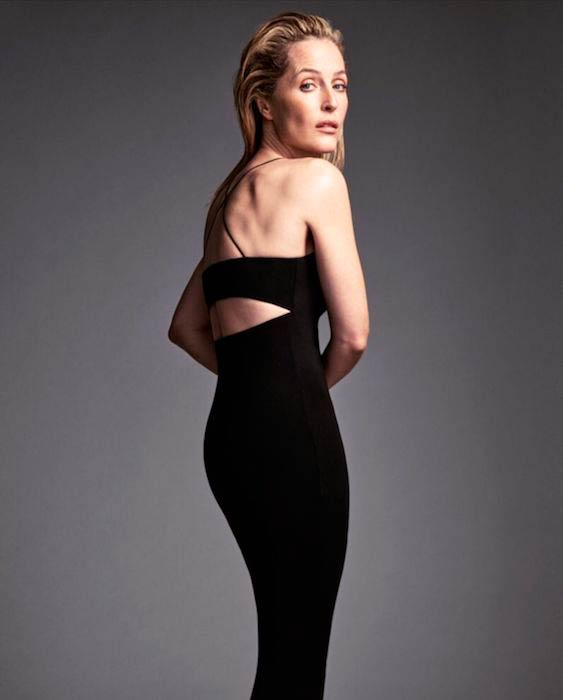 Gillian Anderson's photoshoot for the January 2016 cover of Edit magazine