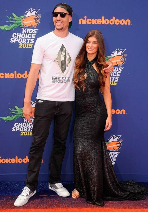 Hannah Stocking and Klay Thompson at the Nickelodeon Kids' Choice Sports Awards in July 2015