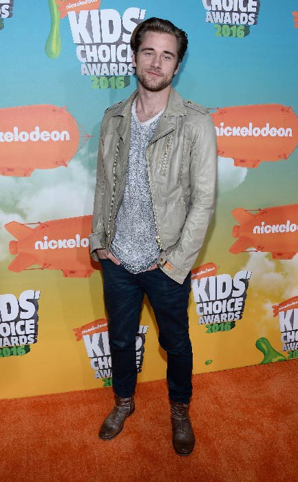 Luke Benward at the Nickelodeon's Kids' Choice Awards in March 2016