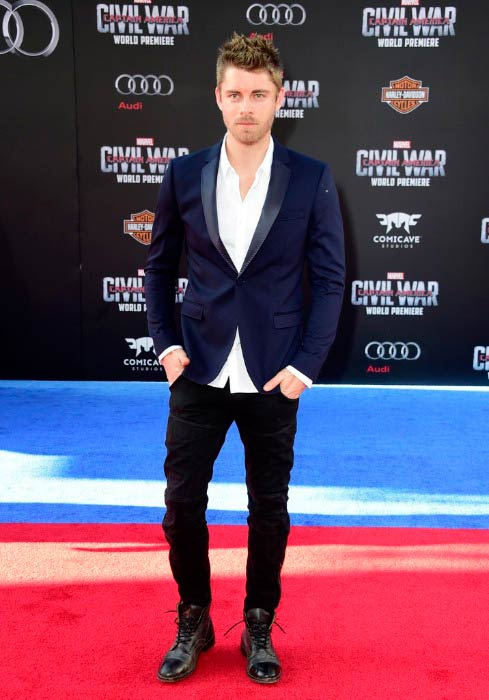 Luke Mitchell at the premiere of Marvel's Captain America: Civil War in Los Angeles in April 2016