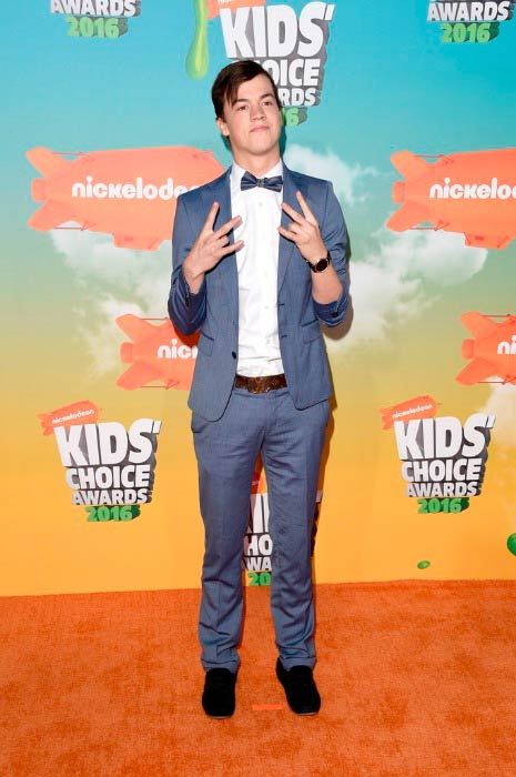 Taylor Caniff at the Nickelodeon's Kids' Choice Awards in March 2016