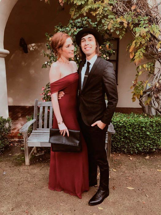 vic fuentes dating 2014 Vic fuentes chose music as a way of channelizing his anger in the right way as over the years and for his ex-girlfriend who suffered breast cancer under rock supergroup, 'isles & glaciers' 2014- was guest vocal on the.