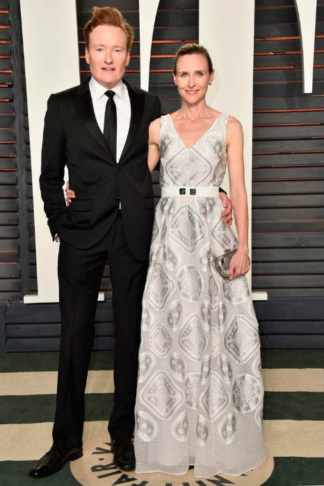 Conan O'Brien and Ann 'Liza' Powel at the Vanity Fair Oscar Party Hosted By Graydon Carter in February 2016