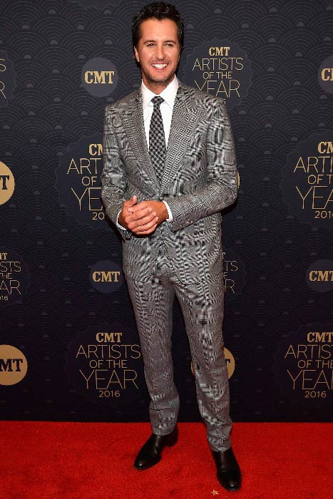 Luke Bryan at the CMT Artist of the Year event in October 2016