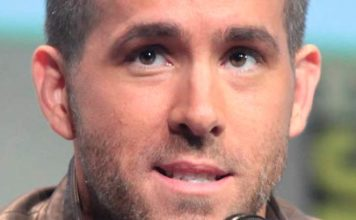 Ryan Reynolds at 2015 San Diego Comic Con International