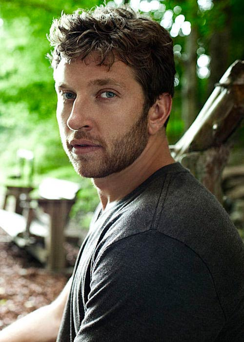 Brett Eldredge in a promotional shoot for Atlantic Recording in 2008