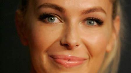 Jennifer Hawkins Height, Weight, Age, Body Statistics
