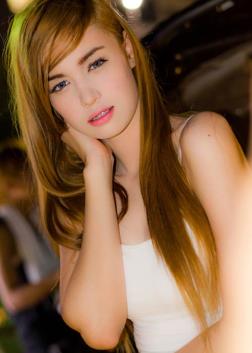 Kim Domingo in a modeling photoshoot