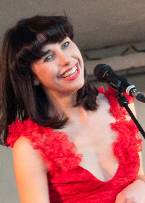 Kimbra performing in Auckland in 2012